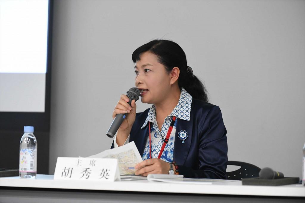 主 席  胡 秀英 四川大学华西医院护理学院院长(第18期生)